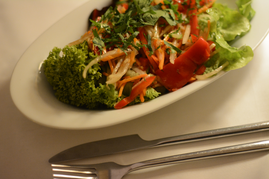 cafe-ignaz-sidesalad